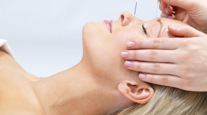 درمان مشکلات زیبایی پوست صورت با طب سوزنی سنتی